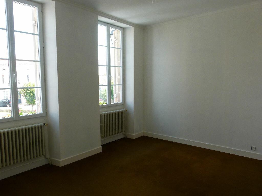 Maison à vendre 9 245m2 à Nancras vignette-6