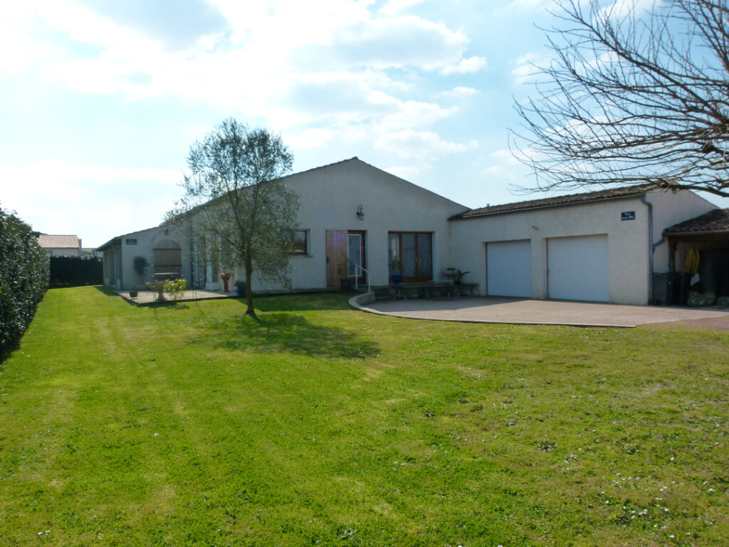 Maison à vendre 6 172m2 à Nieulle-sur-Seudre vignette-1
