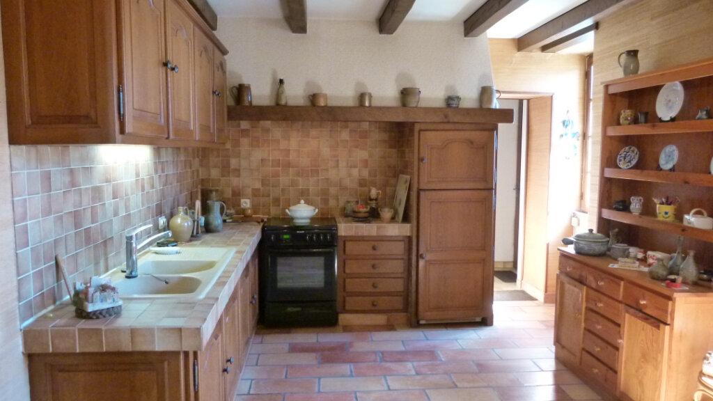 Maison à vendre 7 195m2 à Saint-Romain-de-Benet vignette-2
