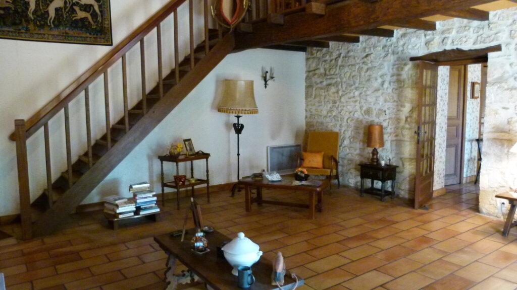 Maison à vendre 7 195m2 à Saint-Romain-de-Benet vignette-5