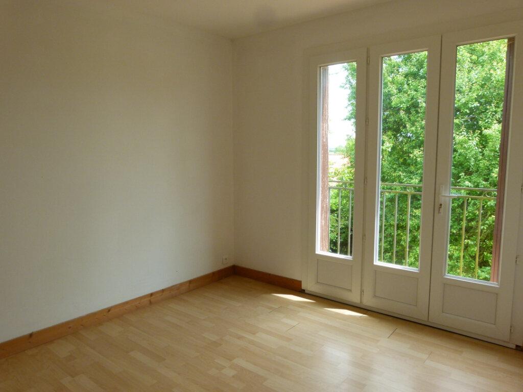 Maison à louer 5 98.02m2 à Le Gua vignette-5