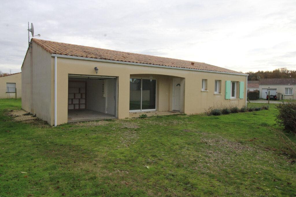 Maison à louer 4 90.16m2 à Sainte-Gemme vignette-8