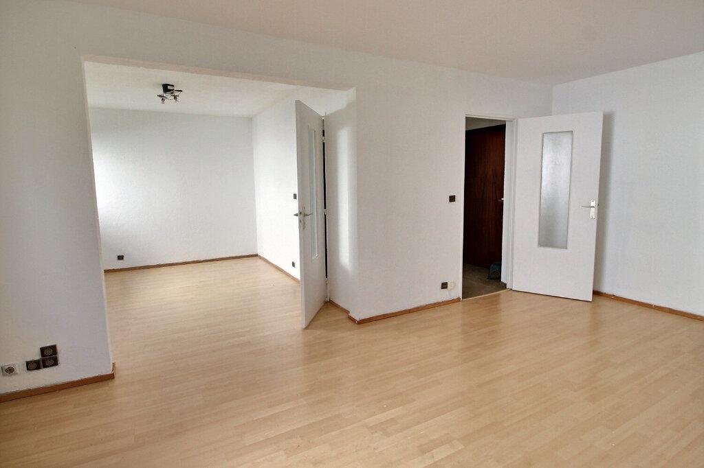Appartement à louer 2 42m2 à Marseille 10 vignette-3