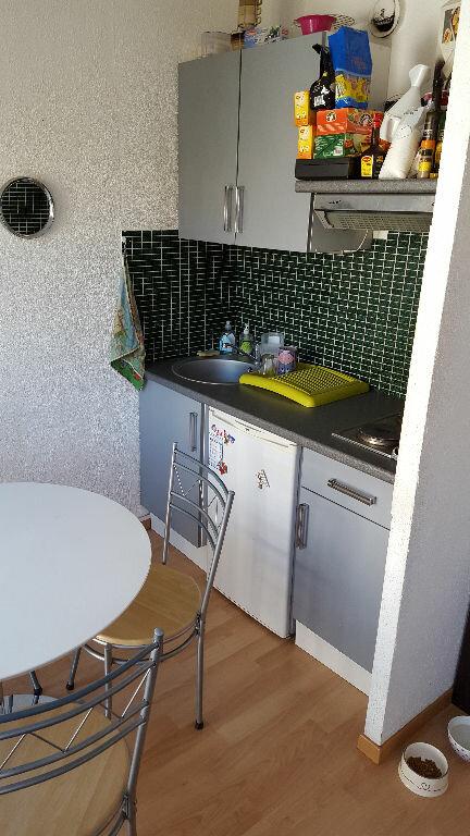 Appartement à louer 1 25m2 à Marseille 5 vignette-4