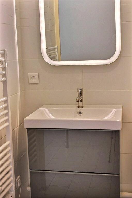 Appartement à louer 1 22m2 à Marseille 10 vignette-3