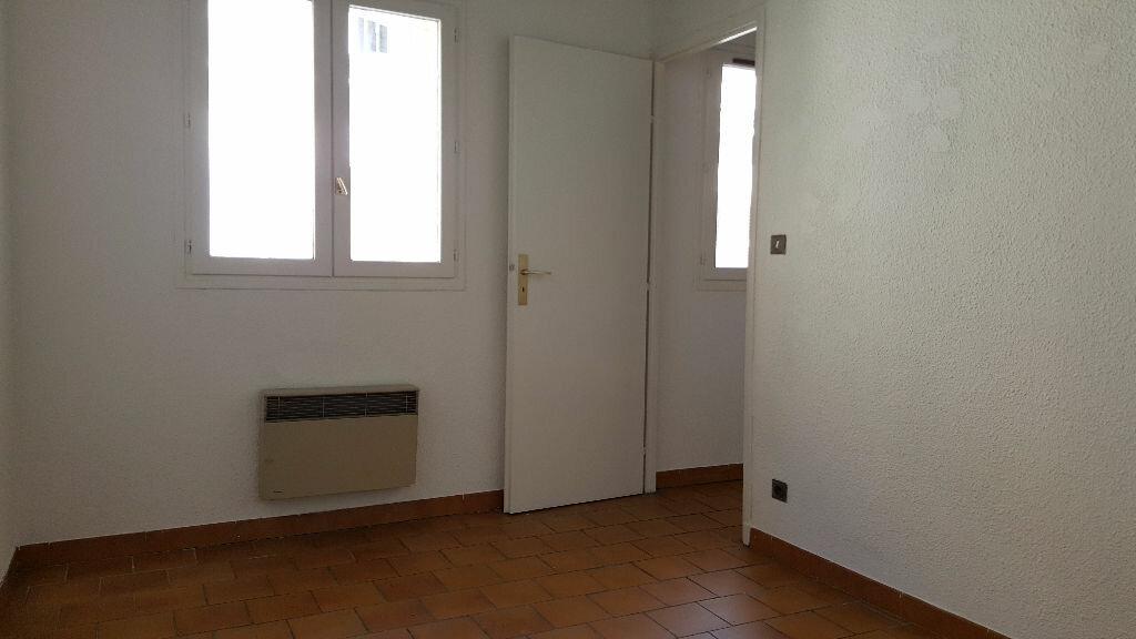 Appartement à louer 2 35m2 à Marseille 1 vignette-3