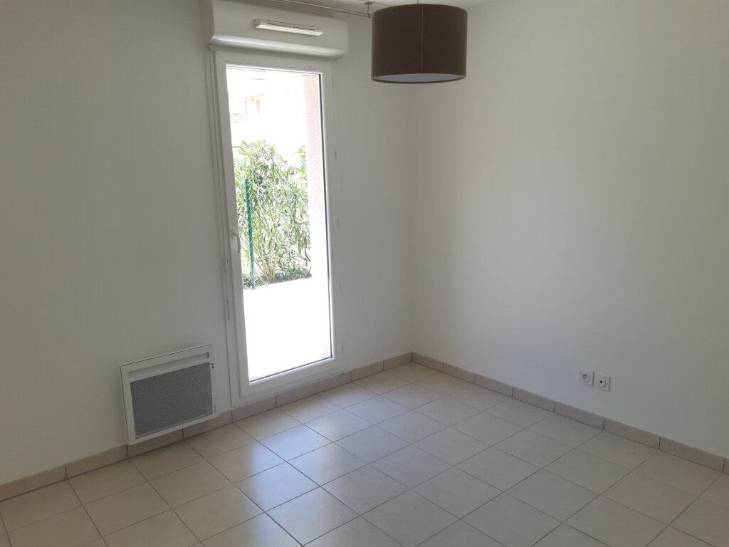 Appartement à louer 2 43.92m2 à Marseille 13 vignette-4