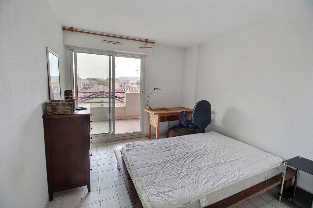 Appartement à louer 3 64m2 à Marseille 10 vignette-5