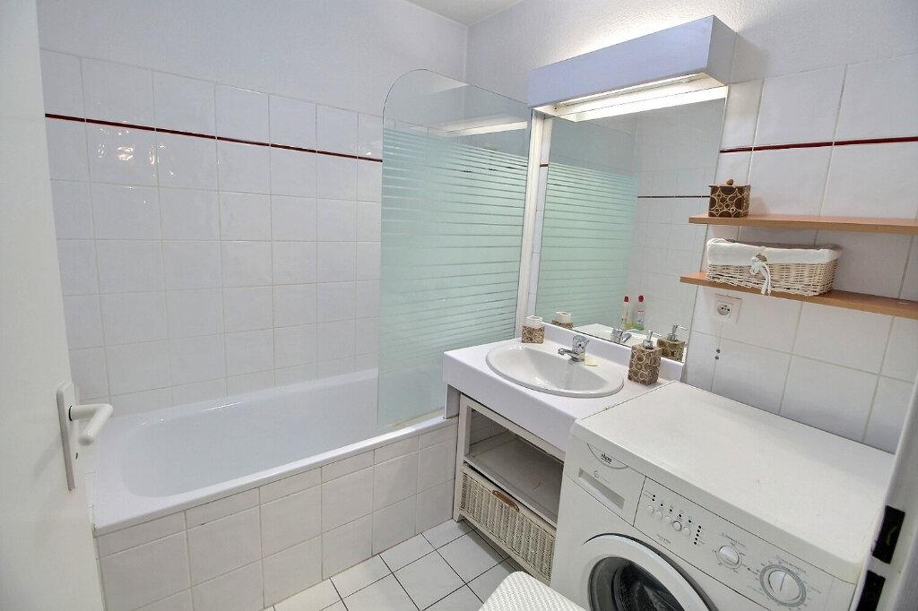 Appartement à louer 3 64m2 à Marseille 10 vignette-6