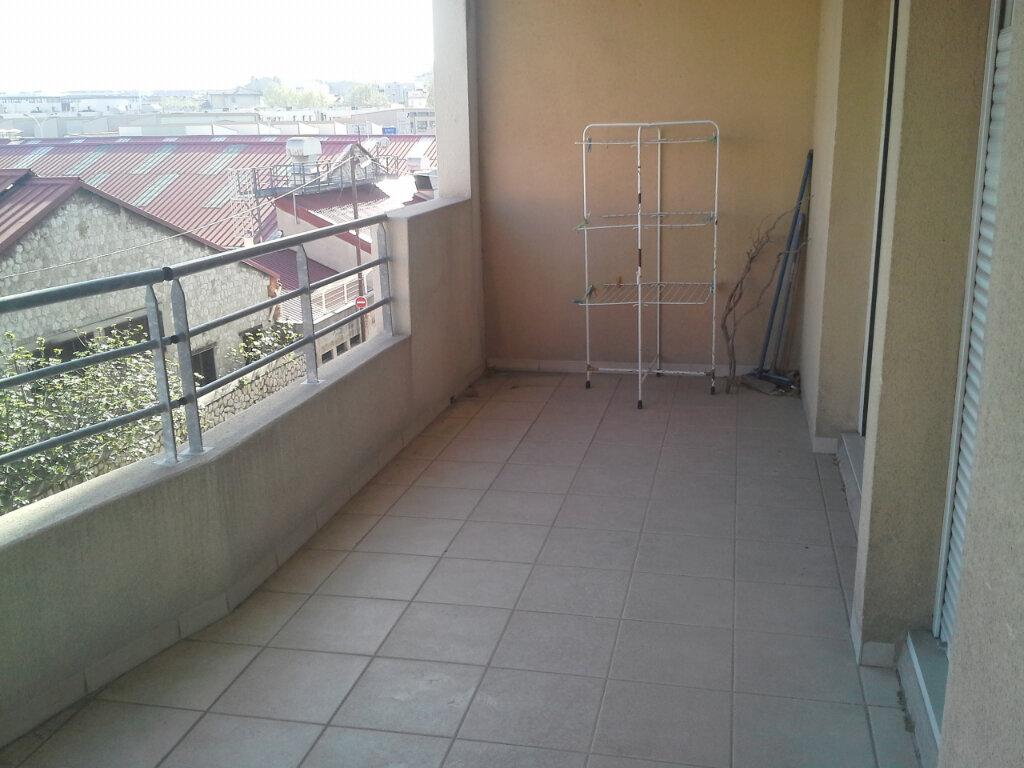 Appartement à louer 3 64m2 à Marseille 10 vignette-7