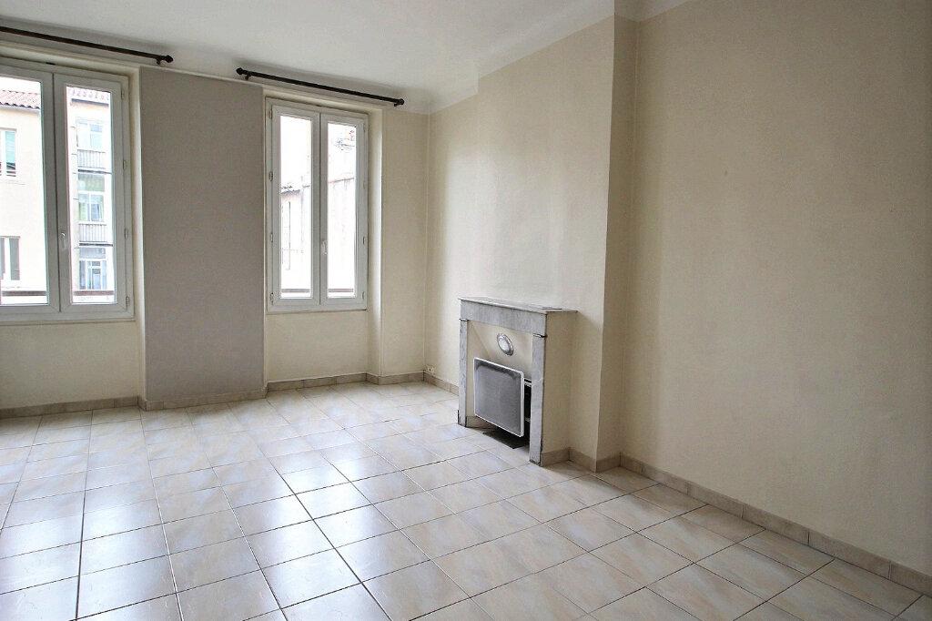 Appartement à louer 2 45m2 à Marseille 6 vignette-1