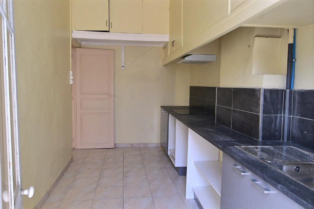 Appartement à louer 2 45m2 à Marseille 6 vignette-3