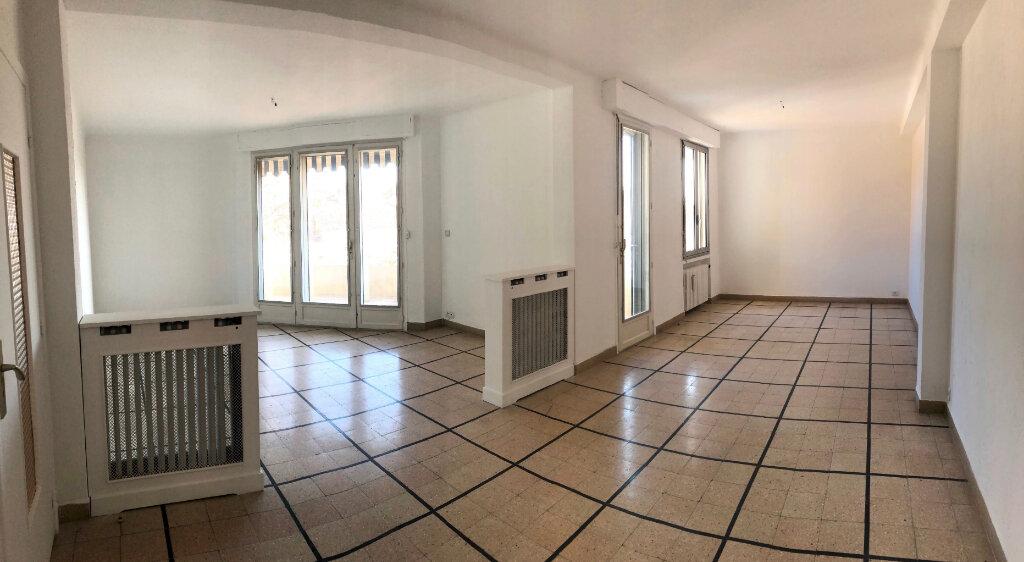 Appartement à louer 5 97m2 à Cannes vignette-1