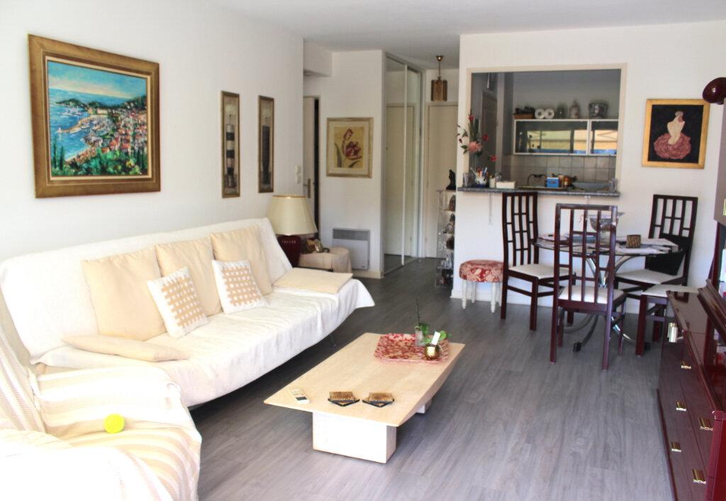Appartement à vendre 2 49m2 à Le Cannet vignette-8