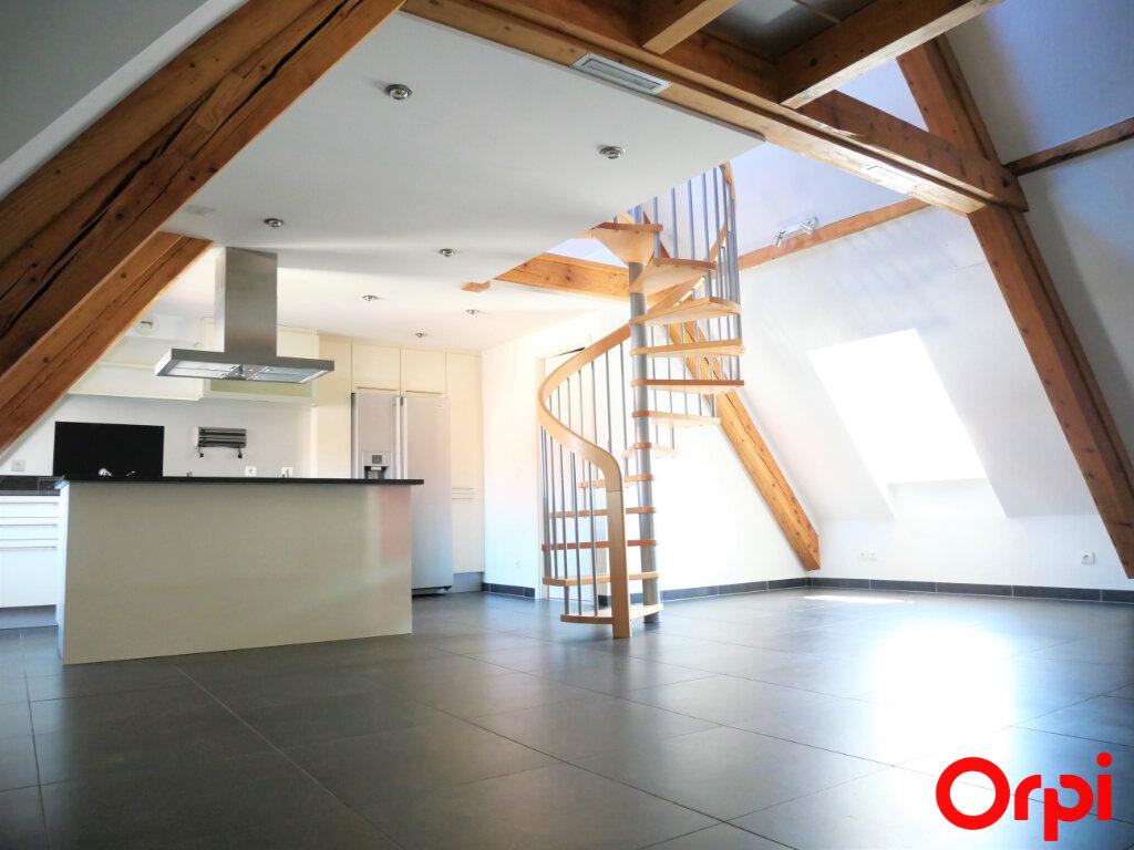 Appartement à louer 3 68m2 à Neuf-Brisach vignette-1