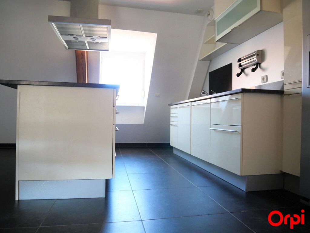 Appartement à louer 3 68m2 à Neuf-Brisach vignette-2