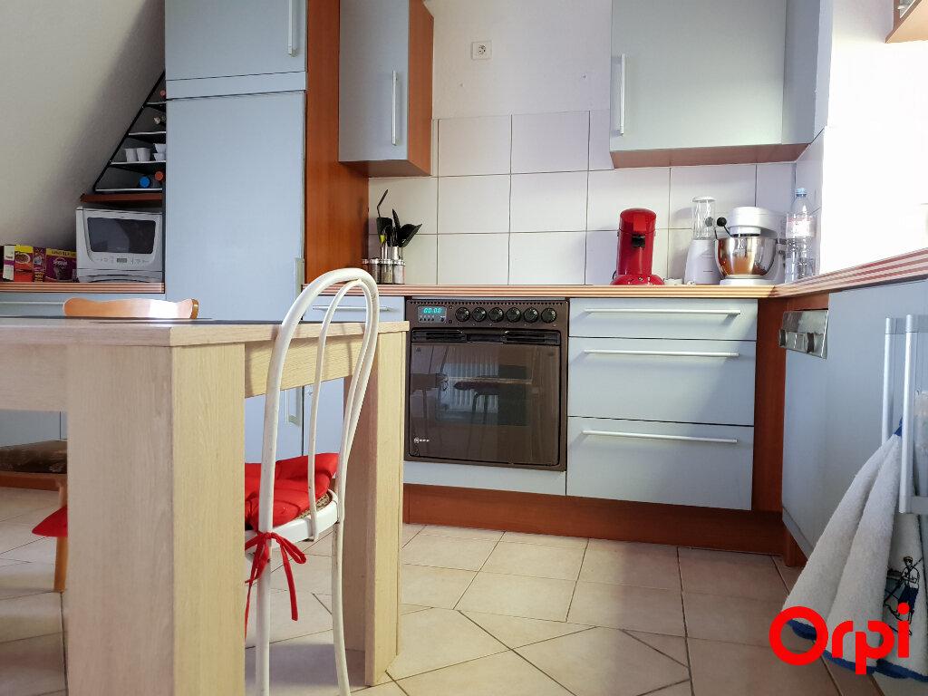 Appartement à vendre 3 67m2 à Neuf-Brisach vignette-2