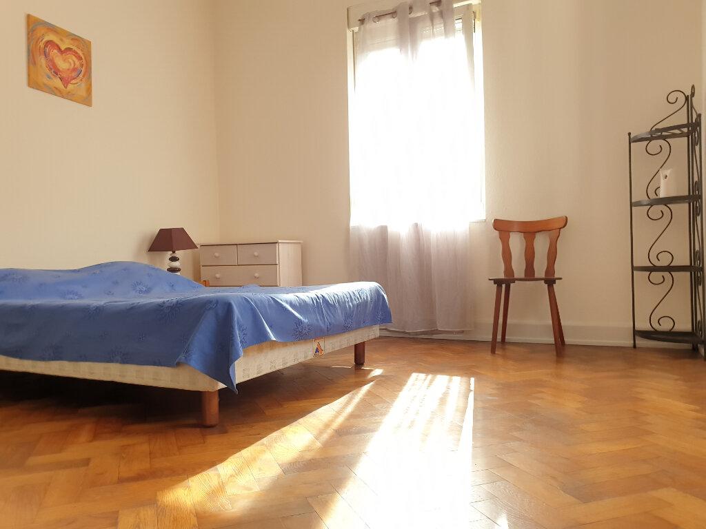 Appartement à louer 2 65.15m2 à Neuf-Brisach vignette-3