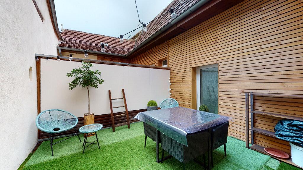 Appartement à louer 3 61m2 à Neuf-Brisach vignette-1