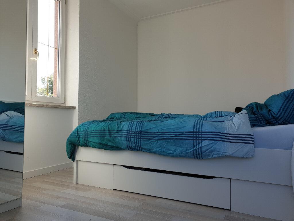 Appartement à louer 2 40.02m2 à Neuf-Brisach vignette-3