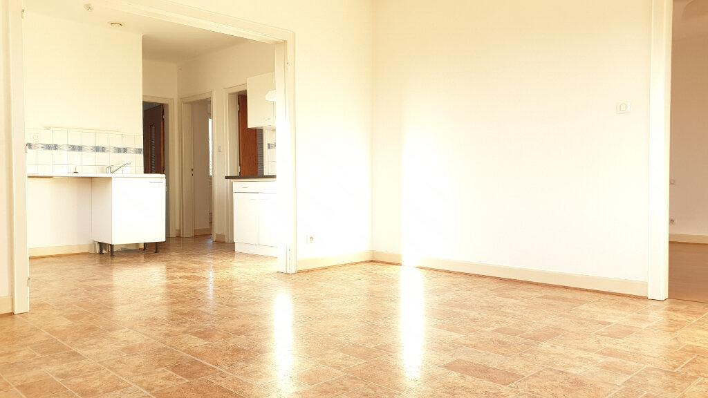 Appartement à louer 4 84.53m2 à Blodelsheim vignette-2