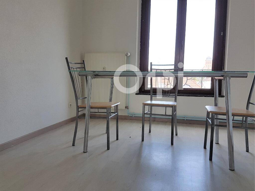 Appartement à vendre 4 72m2 à Neuf-Brisach vignette-2