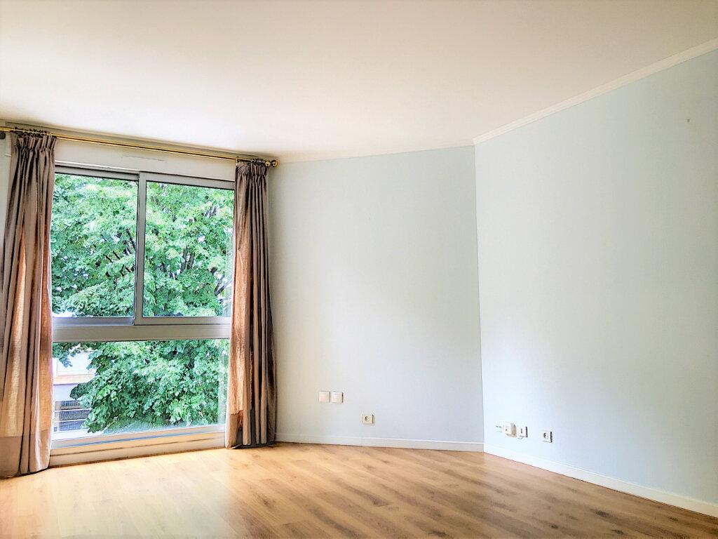 Appartement à vendre 2 46m2 à Paris 13 vignette-8