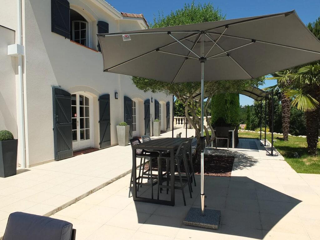 Maison à vendre 8 228m2 à Rouffiac-Tolosan vignette-6