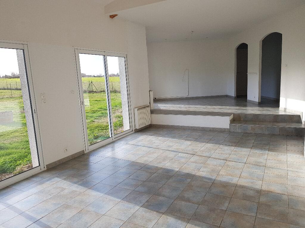 Maison à louer 5 153m2 à Castelnau-d'Estrétefonds vignette-2
