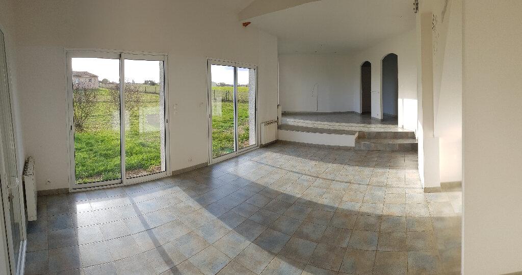 Maison à louer 5 153m2 à Castelnau-d'Estrétefonds vignette-4