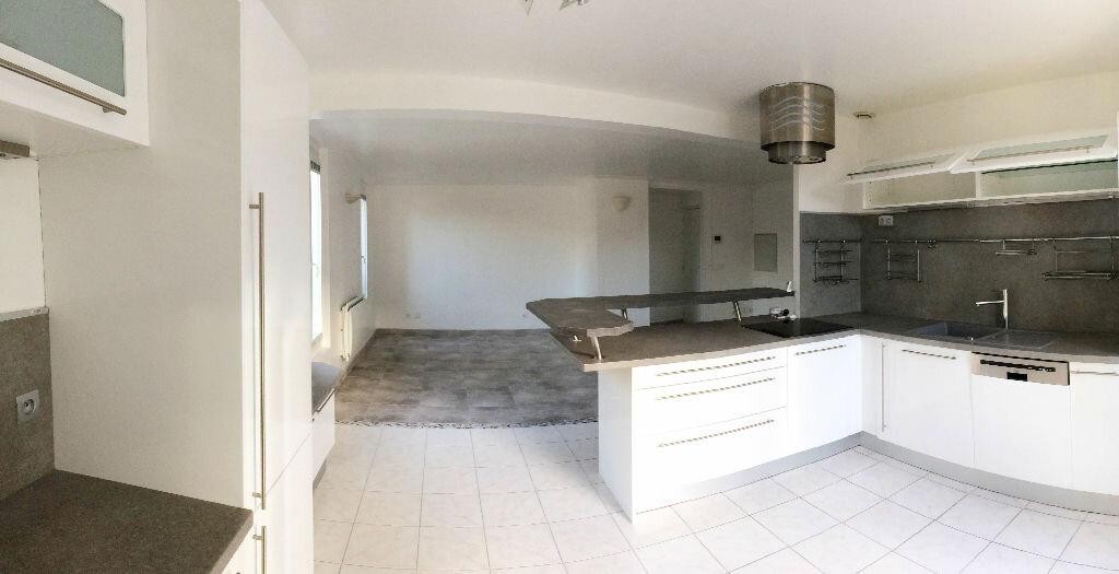 Appartement à louer 3 75m2 à Vulaines-sur-Seine vignette-2