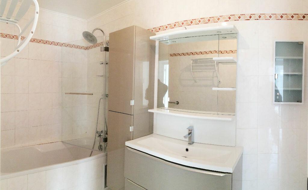 Appartement à louer 3 75m2 à Vulaines-sur-Seine vignette-5