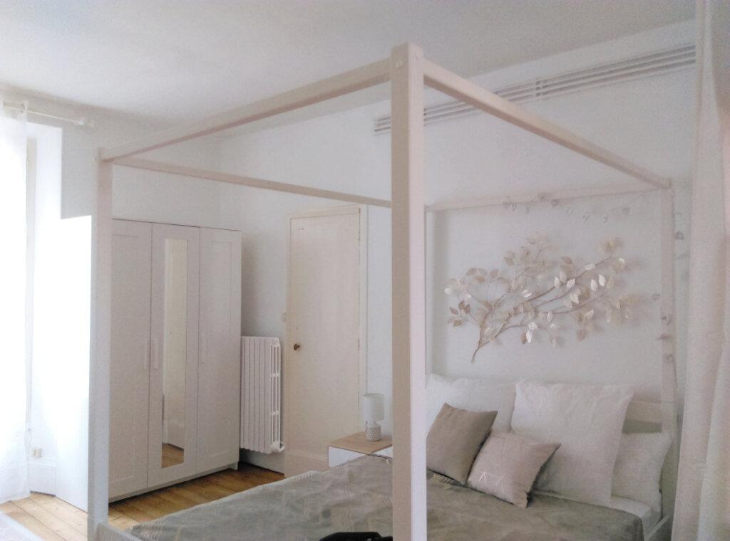 Appartement à louer 2 34m2 à Fontainebleau vignette-5