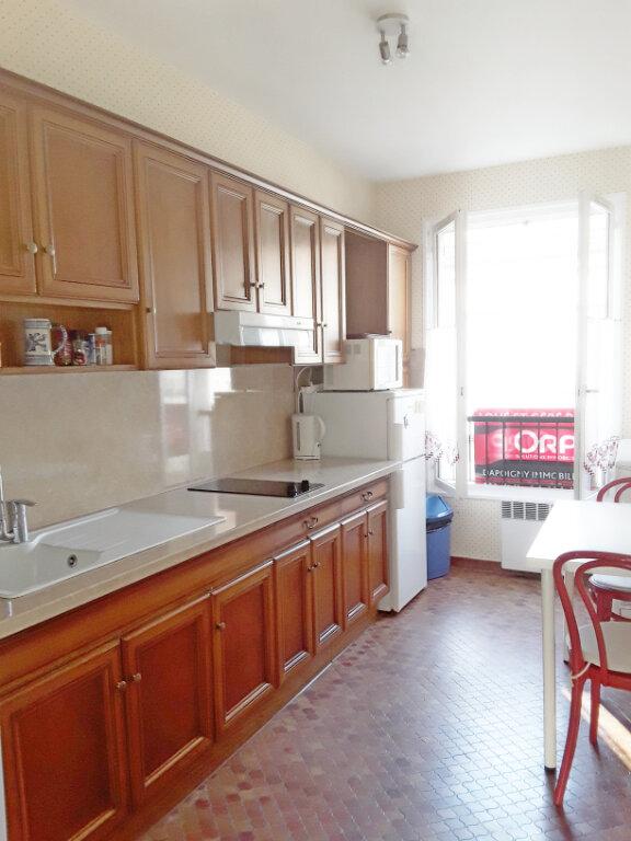 Appartement à louer 2 59.92m2 à Fontainebleau vignette-3