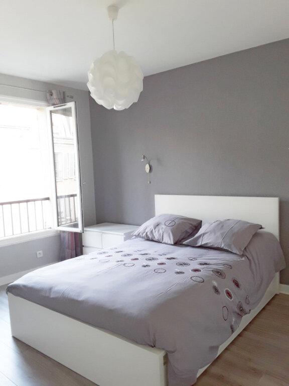 Appartement à louer 2 59.92m2 à Fontainebleau vignette-5
