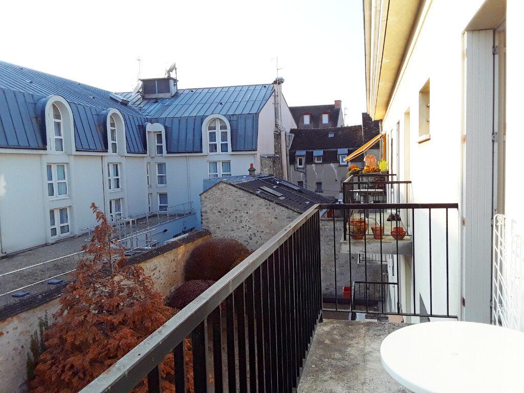 Appartement à louer 2 59.92m2 à Fontainebleau vignette-10