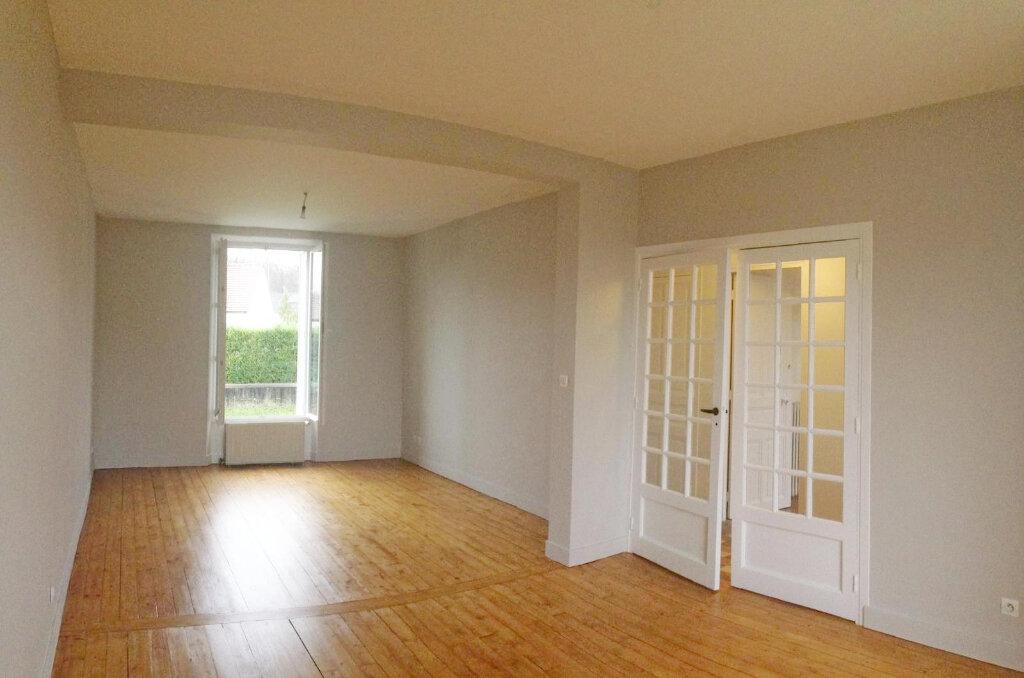 Maison à louer 3 84.45m2 à Veneux-les-Sablons vignette-4