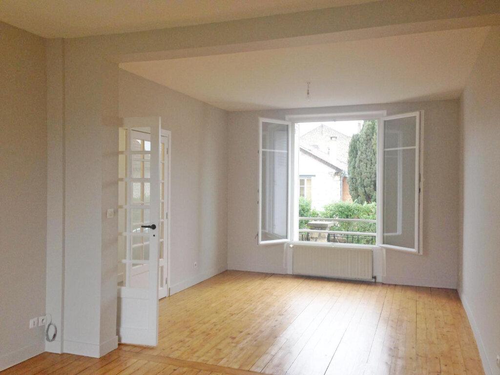 Maison à louer 3 84.45m2 à Veneux-les-Sablons vignette-5
