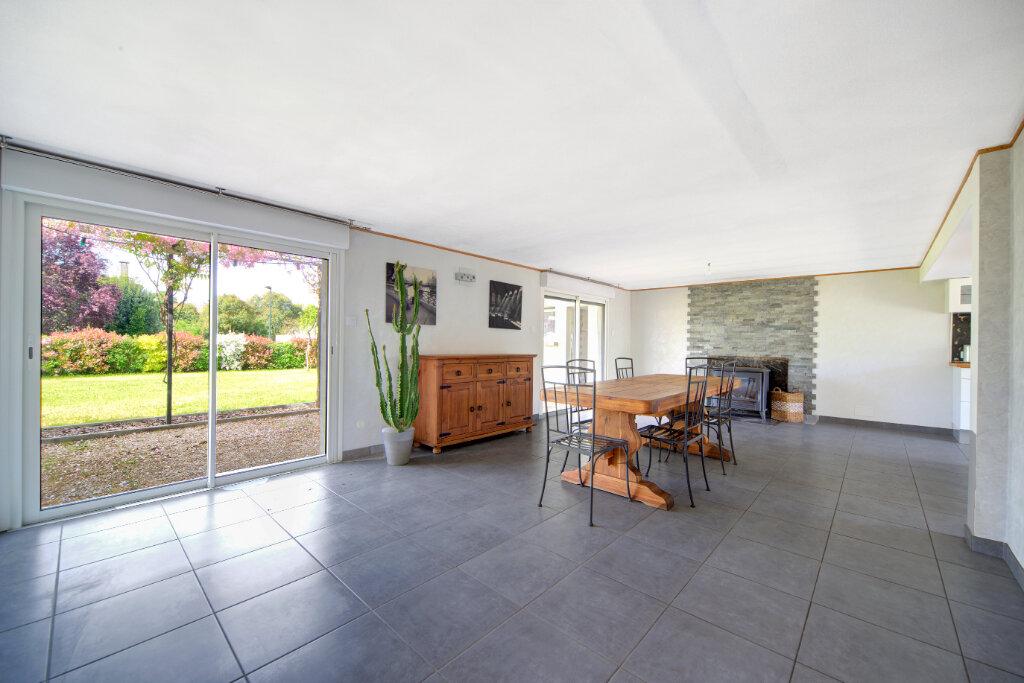 Maison à vendre 6 180m2 à Bruguières vignette-2