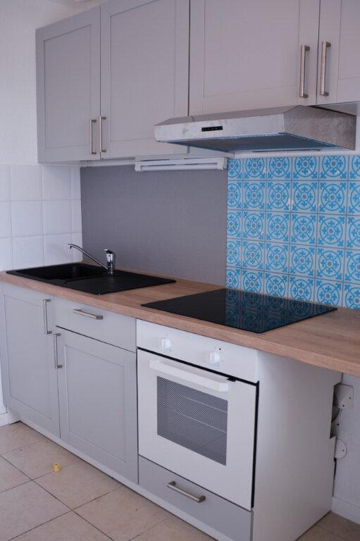 Appartement à louer 3 64.82m2 à Castelginest vignette-6