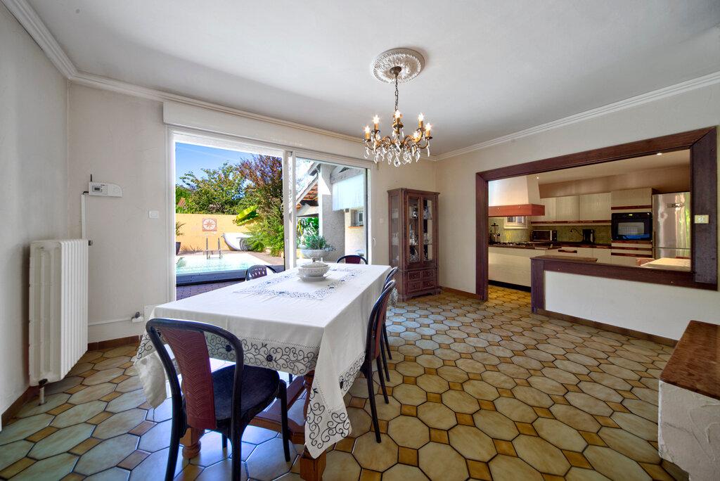 Maison à vendre 9 280m2 à Castelginest vignette-10
