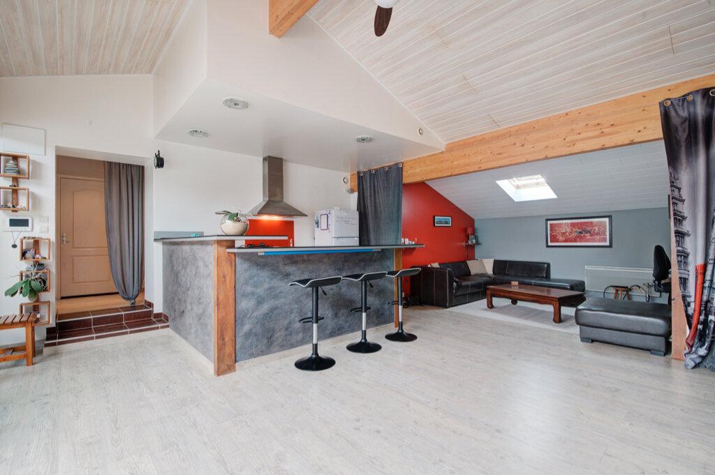 Maison à vendre 7 170m2 à Labastide-Saint-Sernin vignette-4