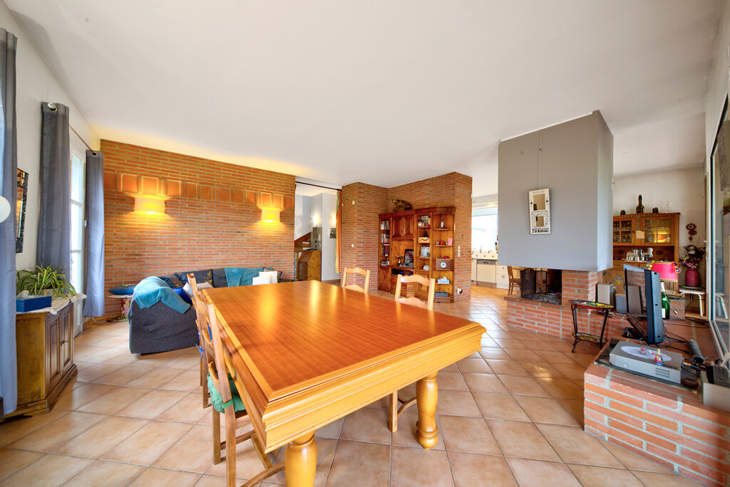 Maison à vendre 6 231m2 à Bruguières vignette-2