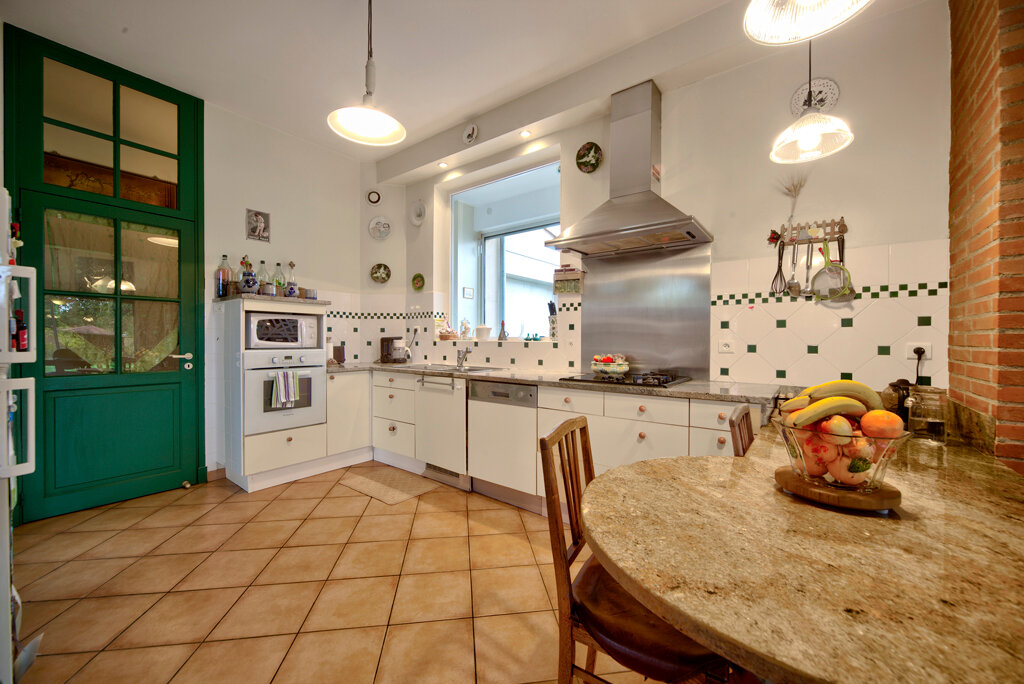 Maison à vendre 6 231m2 à Bruguières vignette-4