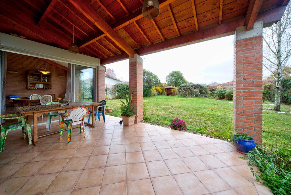 Maison à vendre 6 231m2 à Bruguières vignette-5