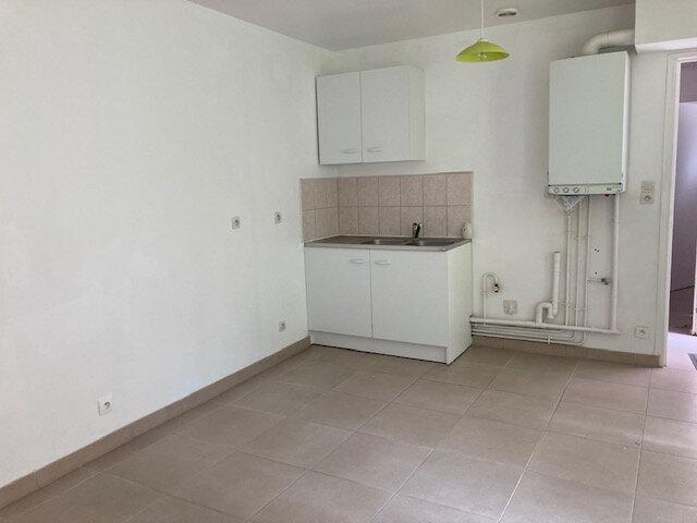 Appartement à louer 3 55m2 à Laon vignette-3