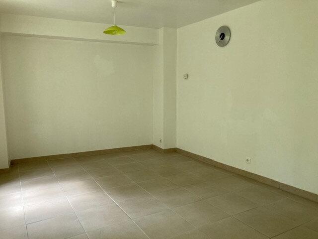 Appartement à louer 3 55m2 à Laon vignette-5