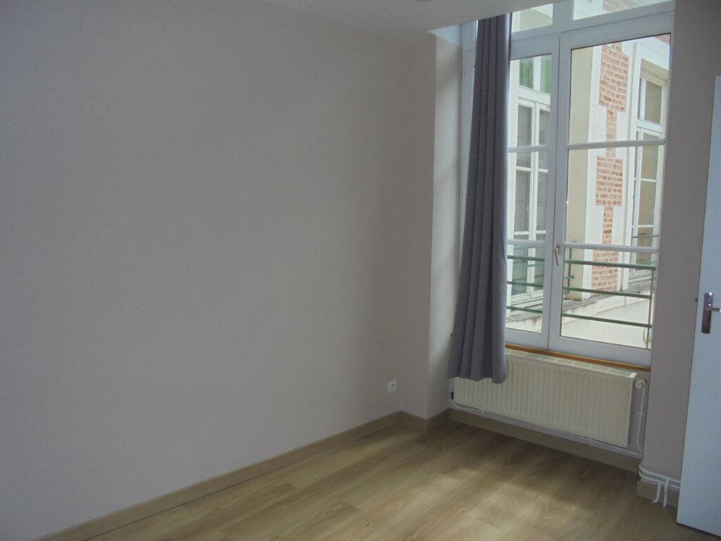 Appartement à louer 3 55m2 à Laon vignette-8