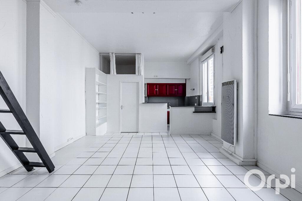 Appartement à louer 1 31.37m2 à Paris 20 vignette-5