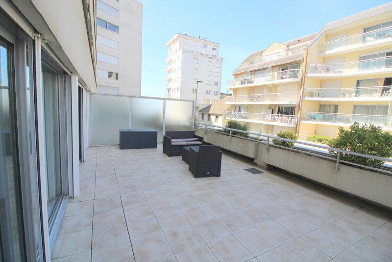 Appartement à vendre 3 63.6m2 à Le Touquet-Paris-Plage vignette-1